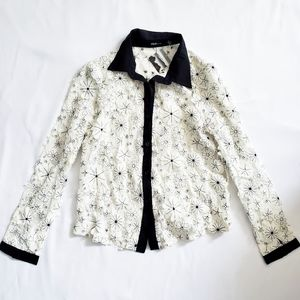 NWT Textured Floral Lace Blouse